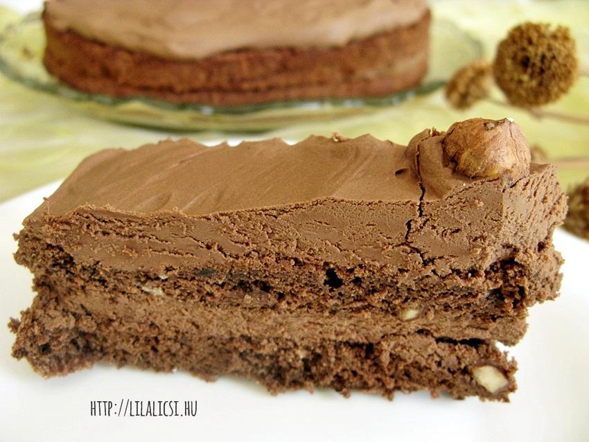 Csokoládétorta mogyoróval-01