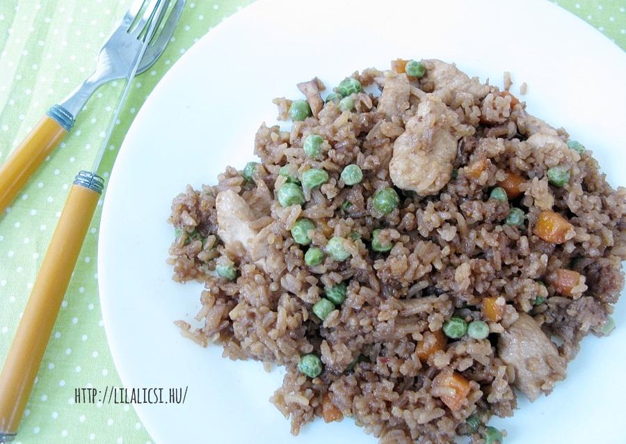 Sült rizs
