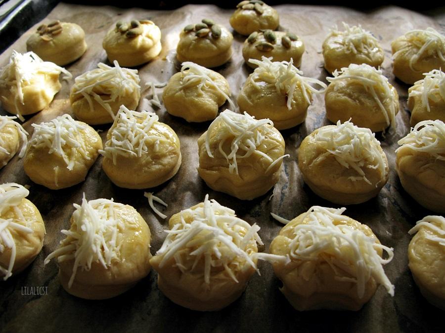 Dupla sajtos pogácsa
