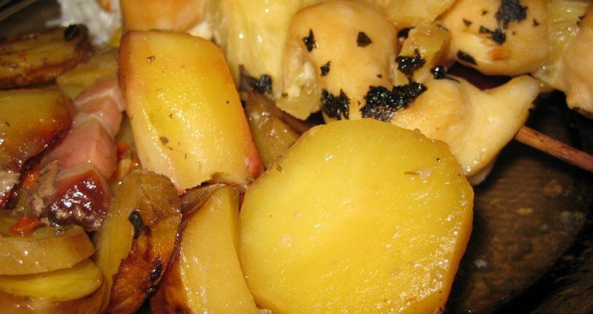 Ananásszal tűzdelt csirkemell nyárson
